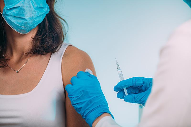 Covid 19 Immunization shot